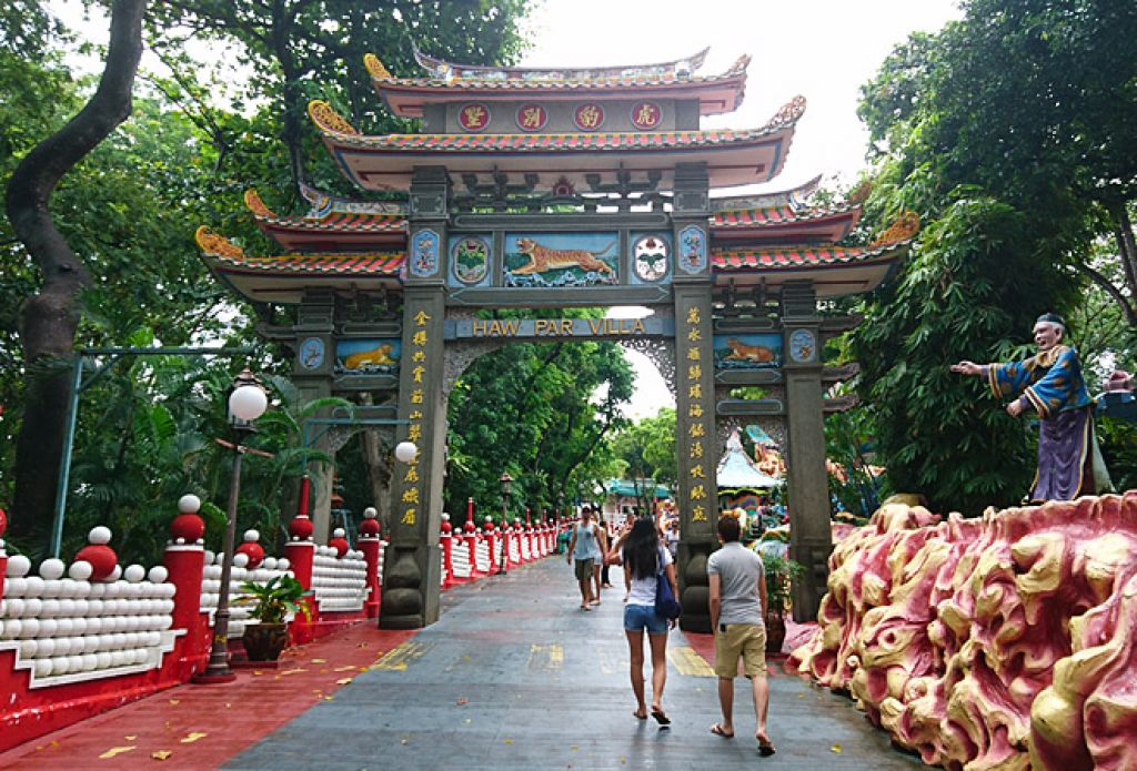 "13 Statues at Haw Par Villa that will make you go ""…… What?"""