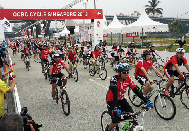 OCBC Cycle Singapore 2013 (landscape)